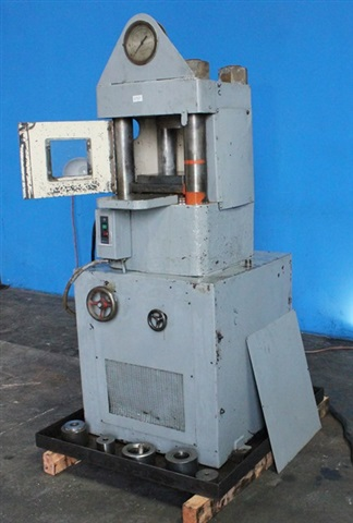 M & N 400 Ton 4-Post Hobbing Press