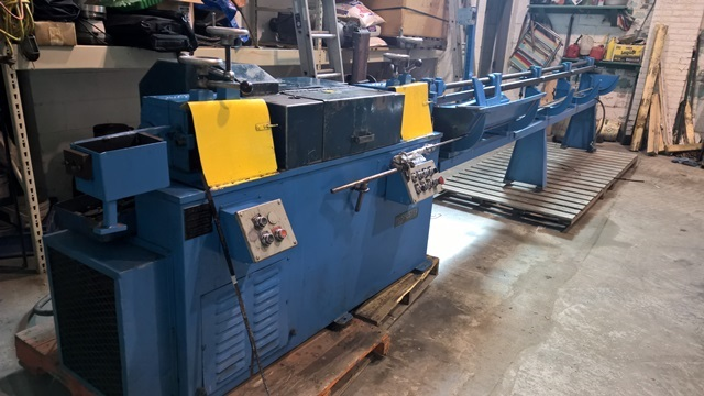 "3/8"" Shuster Model 2-ABV Wire Straighten and Cut-off Machine"